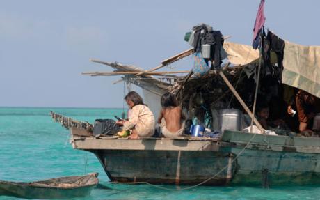 Badjao houseboat